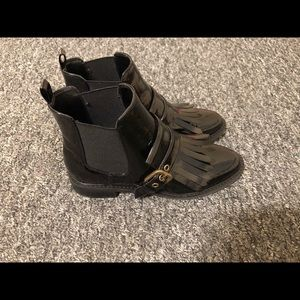 Marc Fisher Shoes - Black Plat. Marc Fisher Boots